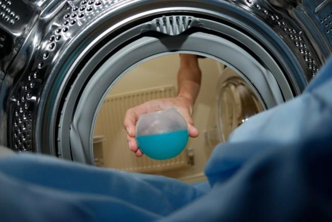 La poudre contenant trop de produits chimiques peut également contaminer votre machine à laver.