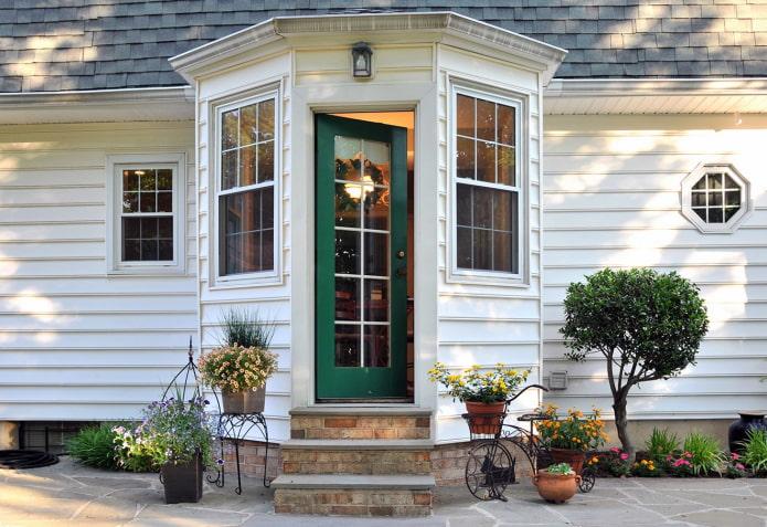 maison porche fermée
