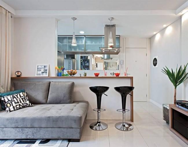 L'une des meilleures solutions pour un appartement à Khrouchtchev est le réaménagement de la cuisine en studio