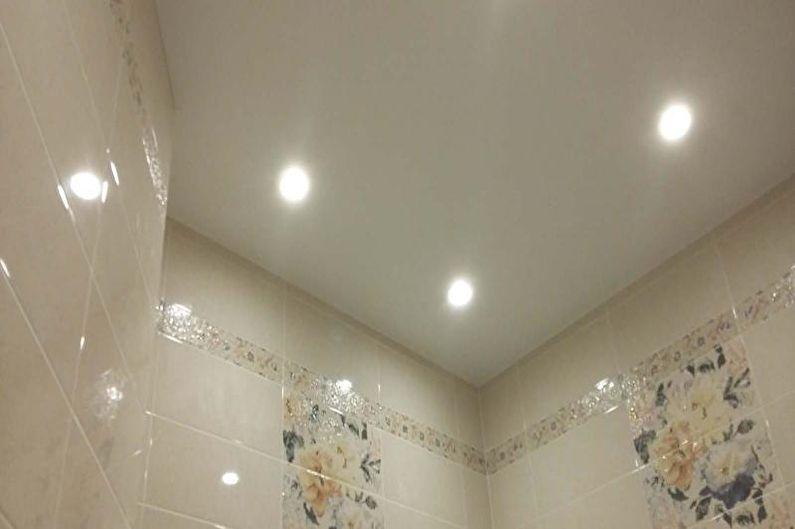 Conception de petite toilette - Finition de plafond