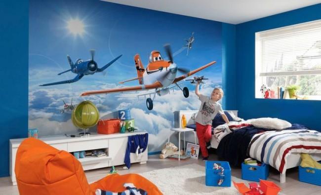 Papier peint avec vos personnages de dessins animés préférés dans la chambre des enfants