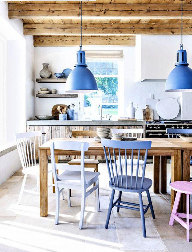 Le style campagnard sera très approprié dans la cuisine d'une maison privée