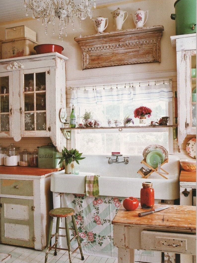 L'abondance des éléments décoratifs dans la cuisine provençale