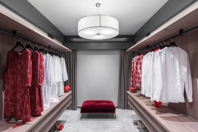 disposition parallèle de l'armoire