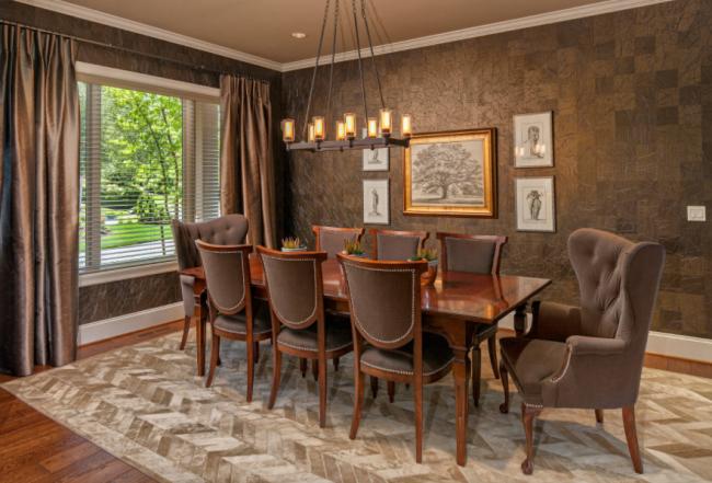 Le papier peint liquide est souvent utilisé pour les salons et les bureaux - c'est à la fois esthétique et pratique.