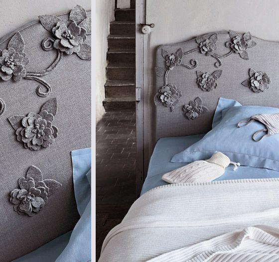 Tête de lit en tissu avec applique de fleurs pour le lit de la chambre d'enfant