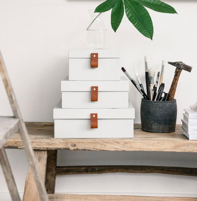 Les boîtes en carton sont l'option la plus courante et la plus économique que vous puissiez fabriquer vous-même