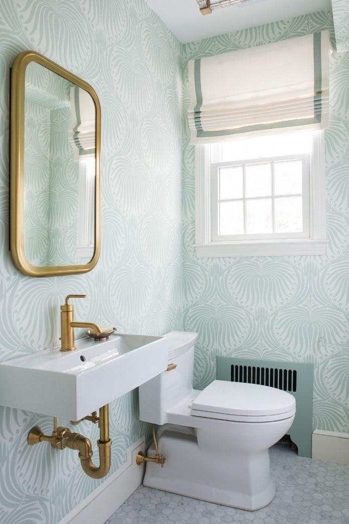 papier peint clair dans les toilettes