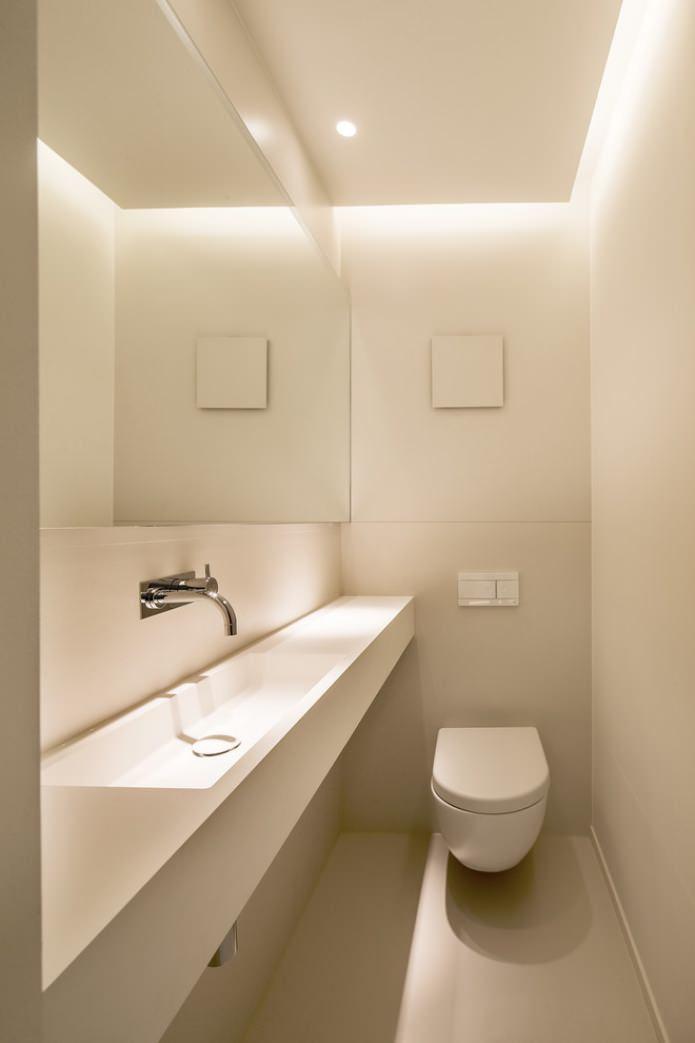 toilettes en blanc