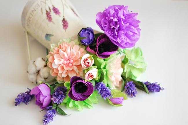 De telles fleurs vous raviront pendant longtemps et ne se faneront certainement jamais.