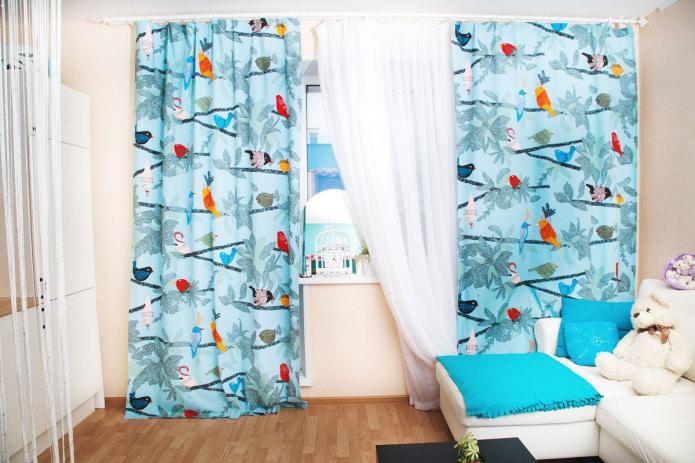 rideaux avec des oiseaux