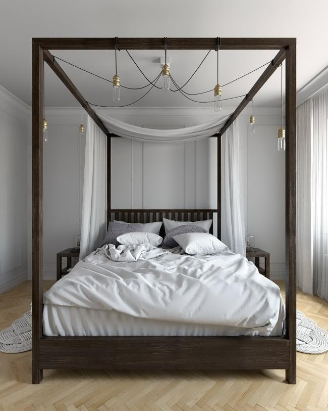 Une option très élégante pour une petite chambre, où les lits à baldaquin ne rentrent généralement pas.  Ici, la verrière est ingénieusement utilisée pour accrocher magnifiquement une suspension à sept lampes.