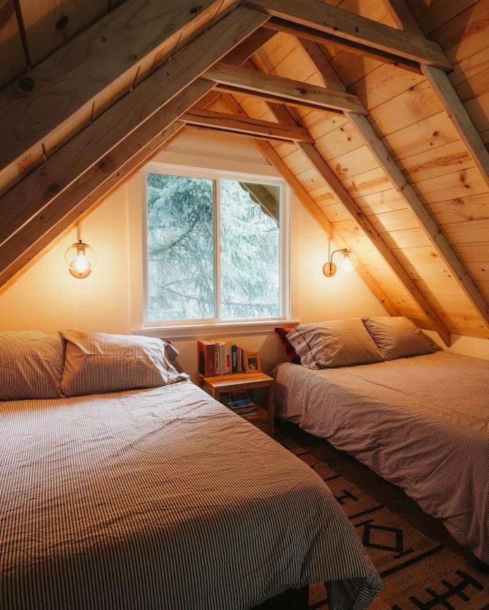 chambre confortable dans le grenier
