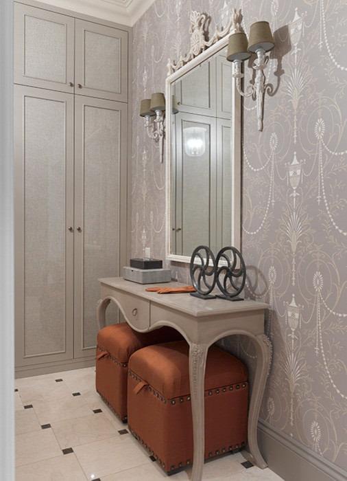 papier peint gris dans le couloir
