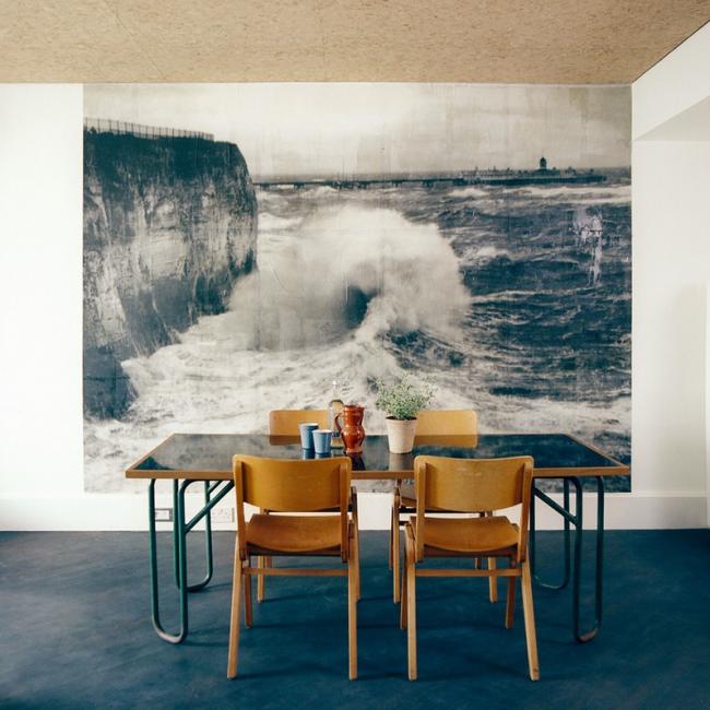 Un panneau de papier peint photo comme une image sur le mur