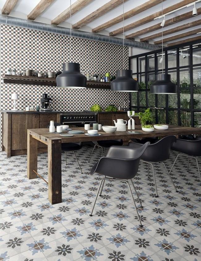 Carrelage de sol dans la cuisine avec motif géométrique floral