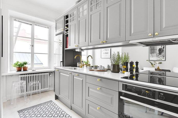 intérieur de cuisine en gris clair