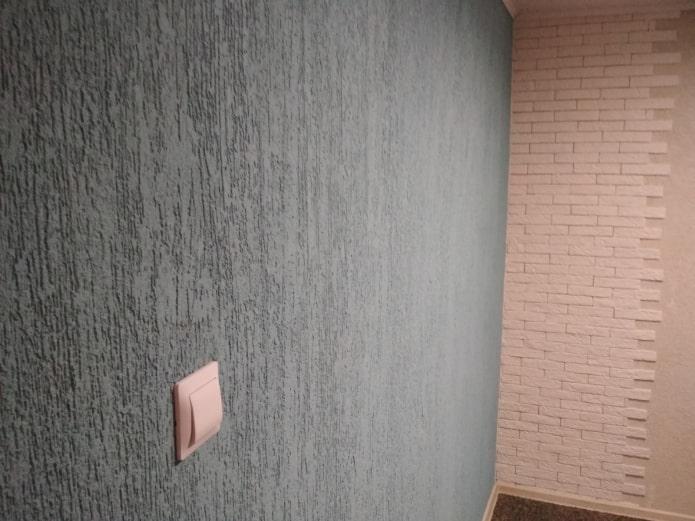 combinaison de plâtre avec de la brique
