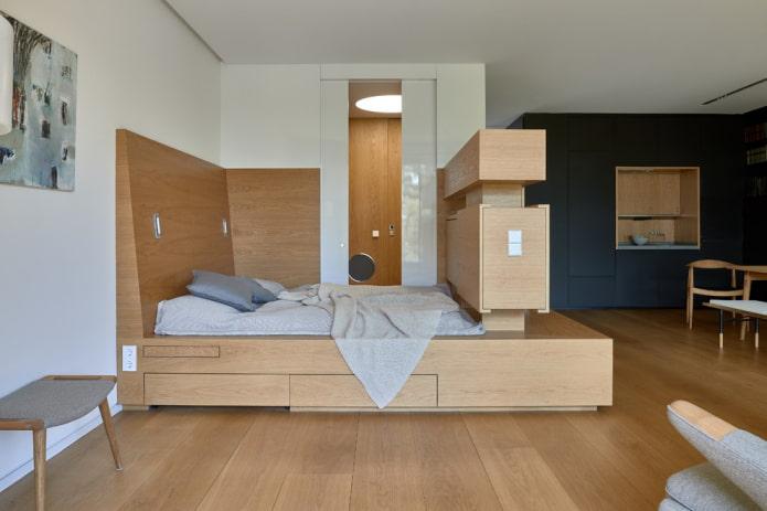 lit sur le podium dans un studio