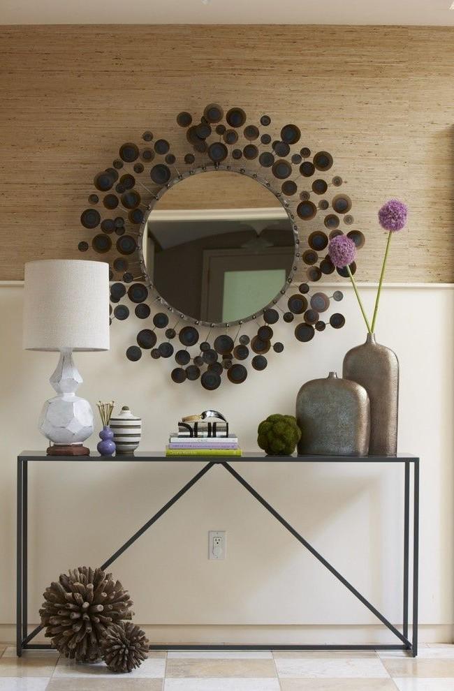 Miroir rond avec cadre décoratif