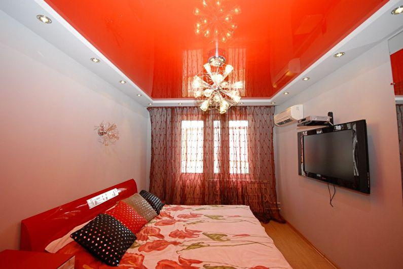 Plafonds tendus sur deux niveaux dans la chambre