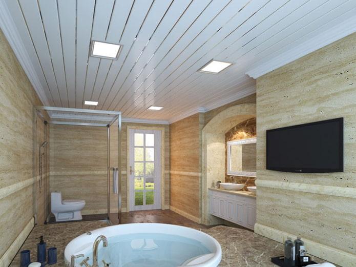 panneaux de plafond en métal dans la salle de bain