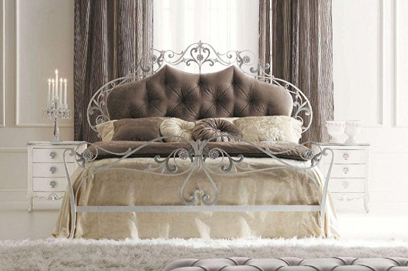 Types de lits en fer forgé dans différents styles - Classique