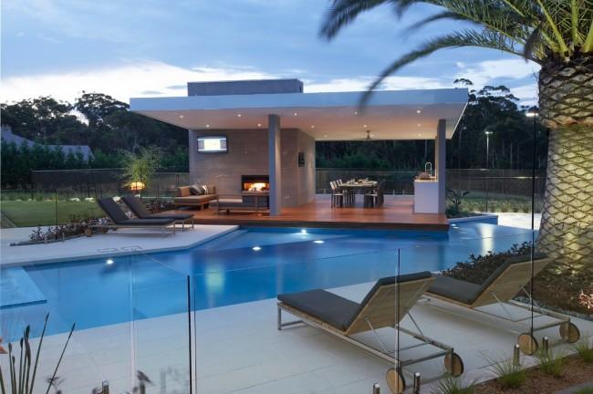 Une autre option pour attacher à la piscine