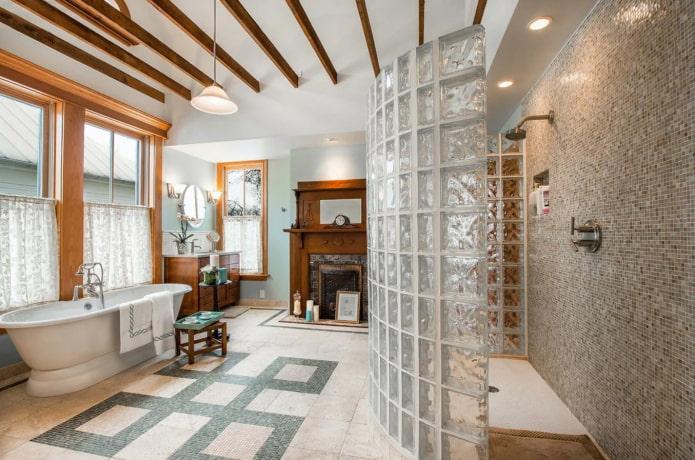 salle de douche en blocs de verre