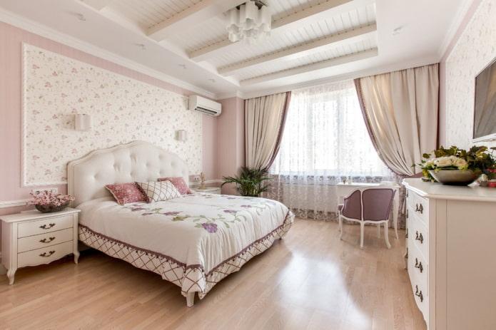 schéma de couleur rose dans la chambre