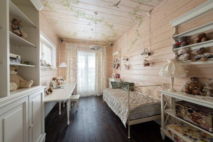 murs en bois à motifs