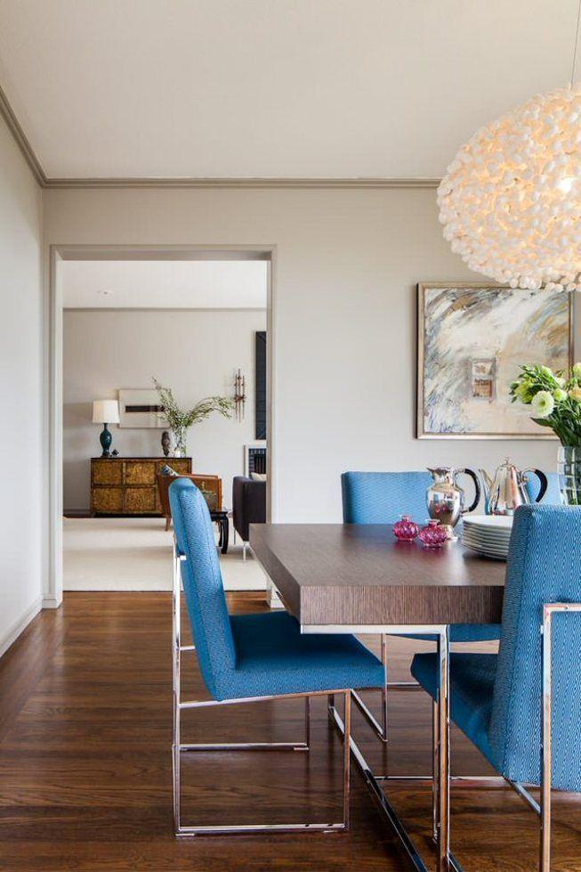 La gamme monotone peut être amusée avec la tapisserie d'ameublement lumineuse des chaises