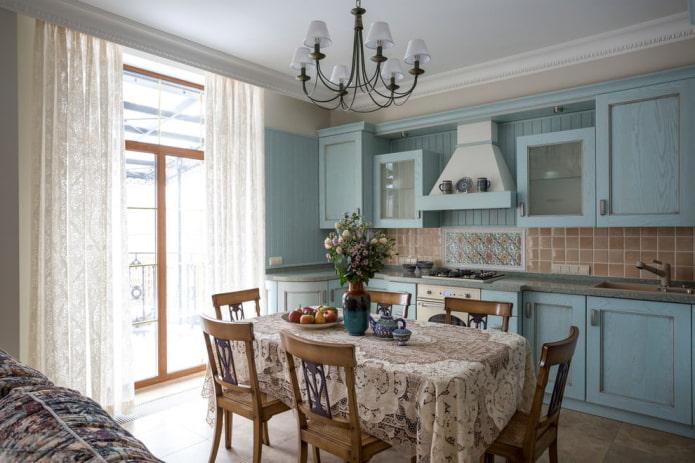 rideaux dans le style provençal