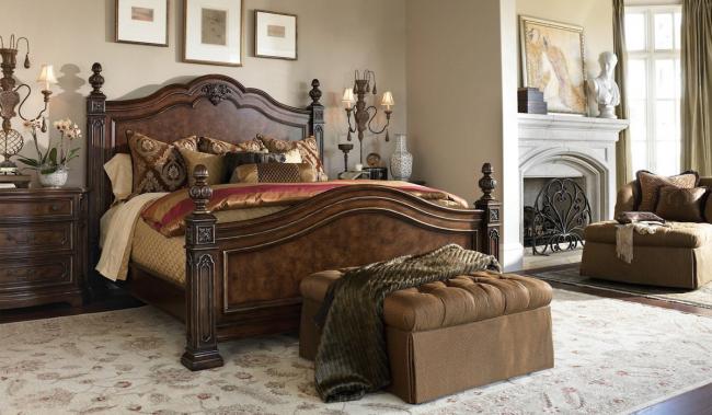 Chambre classique austère