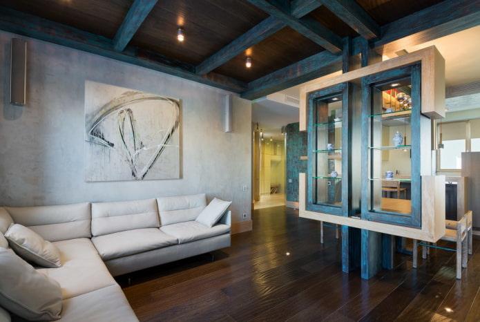 Murs en béton, plafond en bois