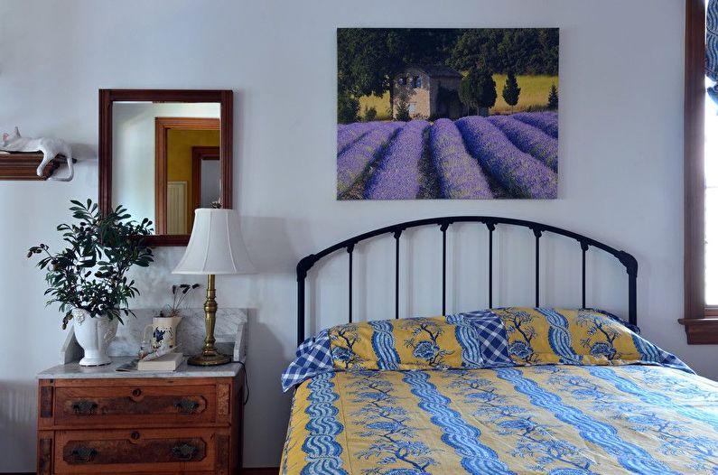 Conception de chambre bleue de style provençal