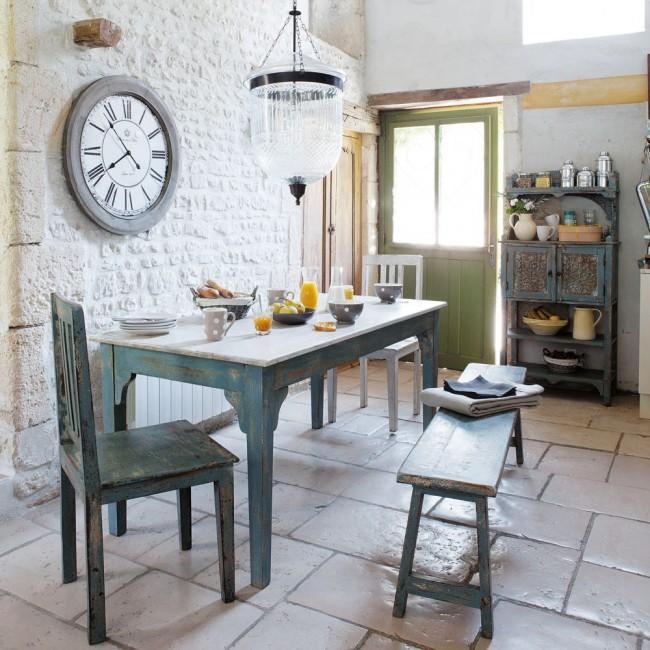 L'intérieur provençal peut même être créé dans votre maison de campagne.