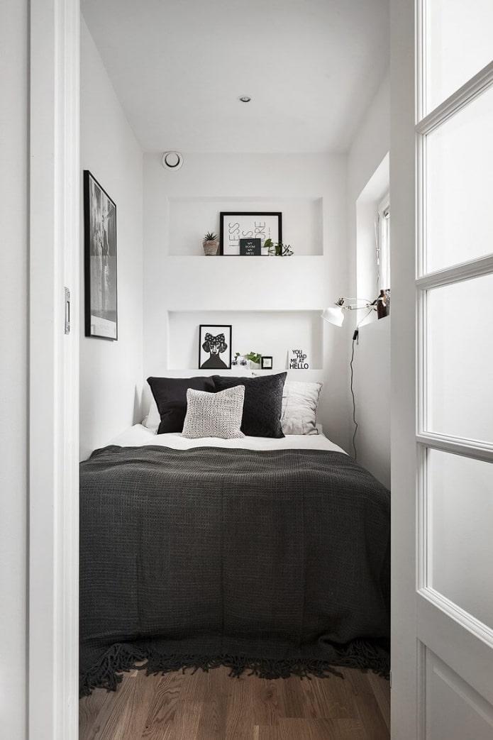 petite chambre étroite