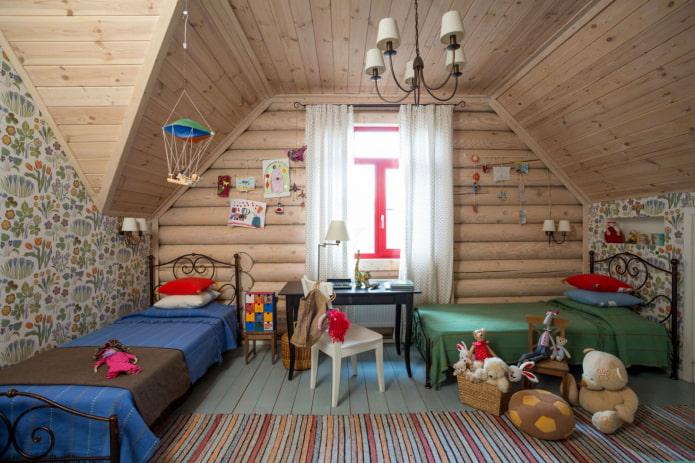 conception d'une pépinière à l'intérieur d'une maison en rondins