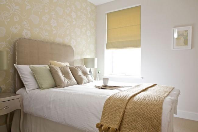 La finition claire de la pièce ne doit pas nécessairement être exactement blanche, beige et sable, et des couleurs pastel sont utilisées.