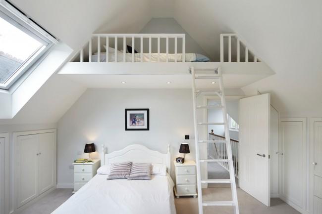 Peu de gens peuvent se vanter d'avoir une grande chambre, si vous êtes propriétaire d'une petite pièce, ne vous fâchez pas.  Même une petite pièce peut être décorée avec style, brillamment et surtout, confortable