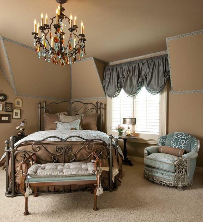 Les meubles forgés ajouteront une touche de luxe à votre intérieur