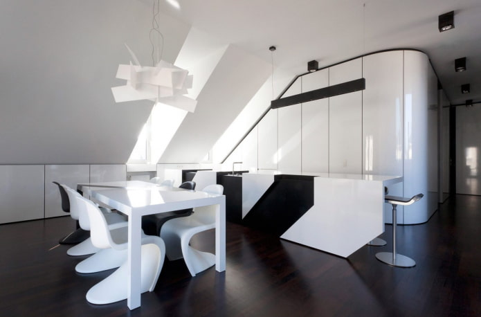 cuisine blanche jusqu'au plafond