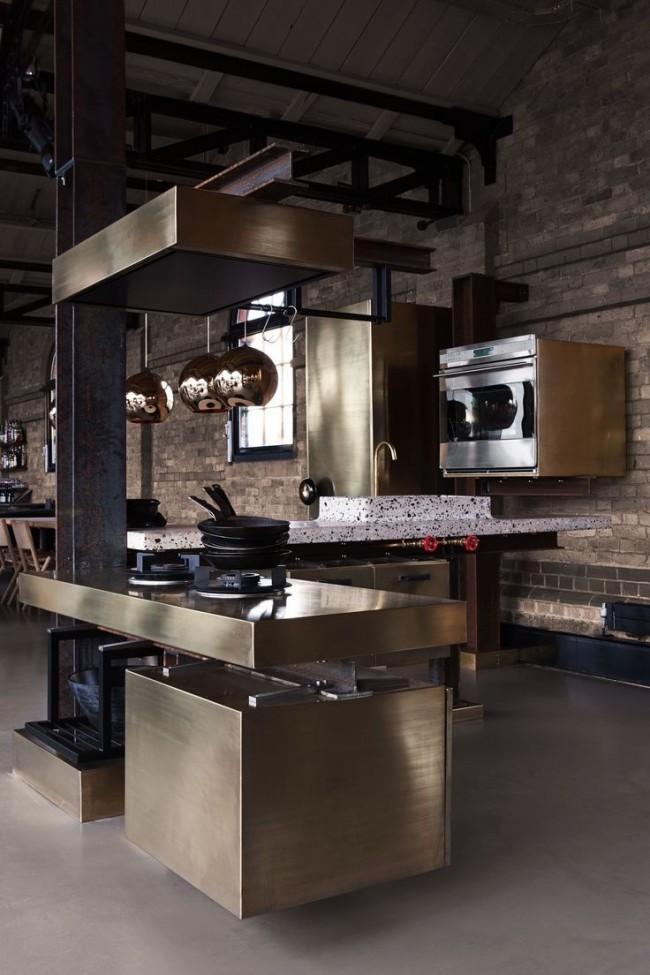 La cuisine d'angle est une solution pratique et rationnelle pour une petite cuisine
