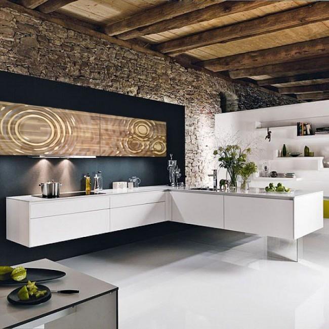 La cuisine d'angle péninsulaire est recommandée pour les grands espaces rectangulaires