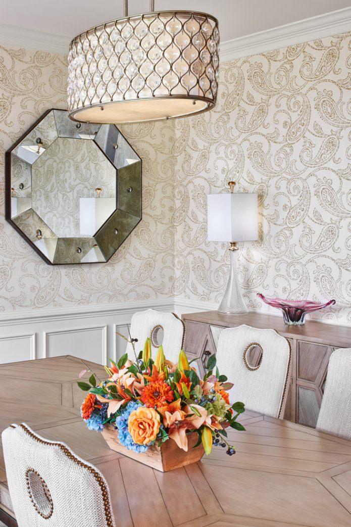 papier peint beige avec un motif à l'intérieur de la pièce