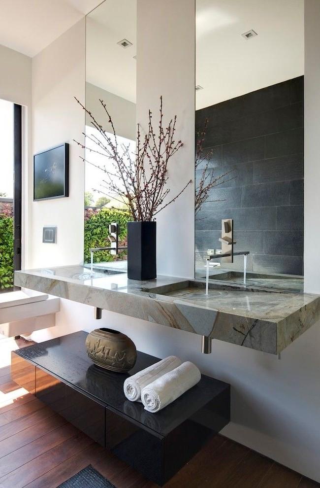 Grands miroirs rectangulaires - élégants, confortables, beaux