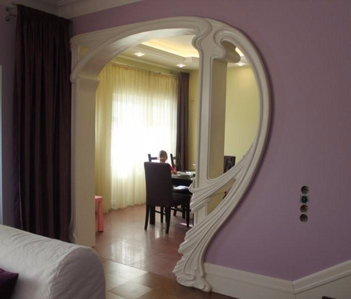 Arches en plaques de plâtre figurées - design, photo à l'intérieur