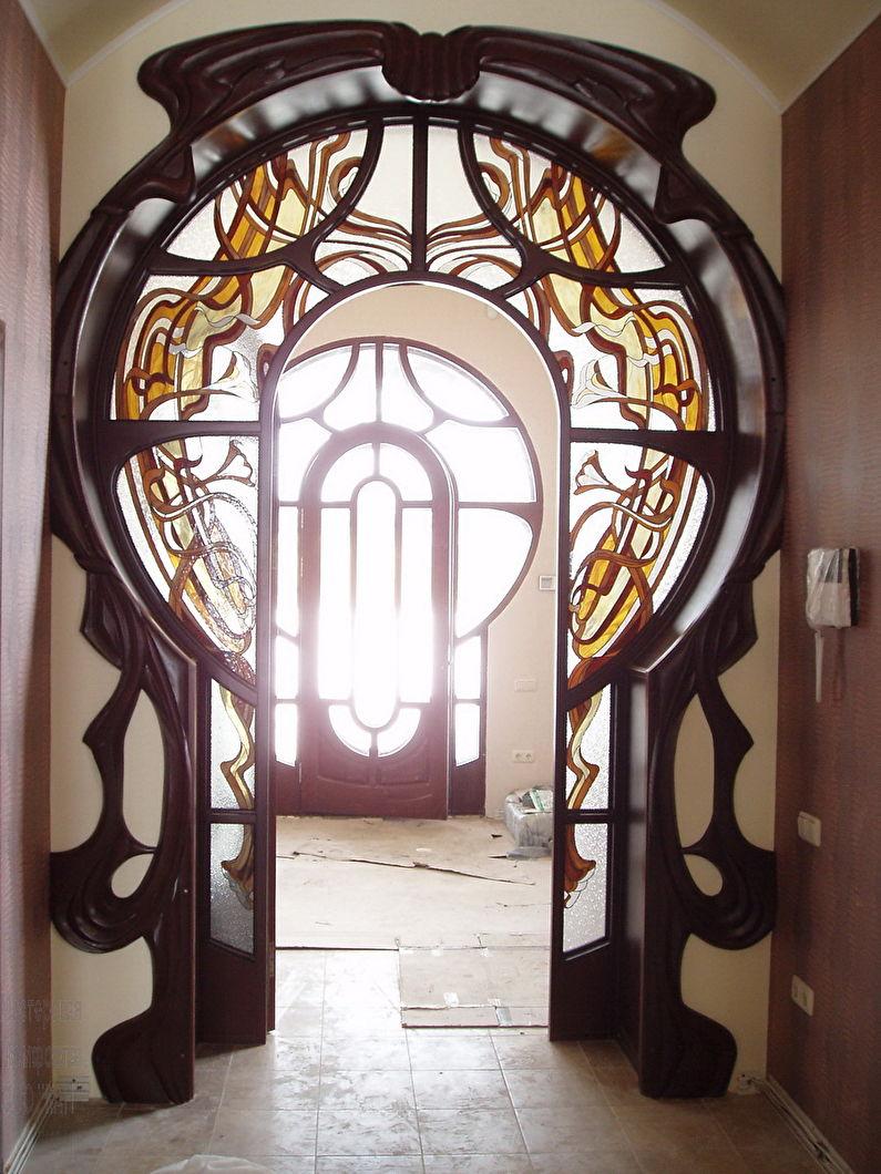 Vitrail - décoration et décoration de l'arche en plaques de plâtre