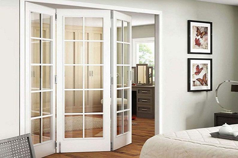 Portes blanches à l'intérieur - Mécanisme d'ouverture